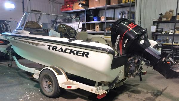 Used 2002 Tracker Tundra 18 Dc Minot Nd 58701 Boat Trader