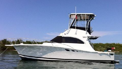 1996 Luhrs Convertible