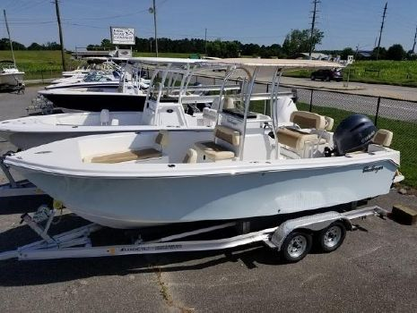 2018 KENCRAFT 21 Center Console