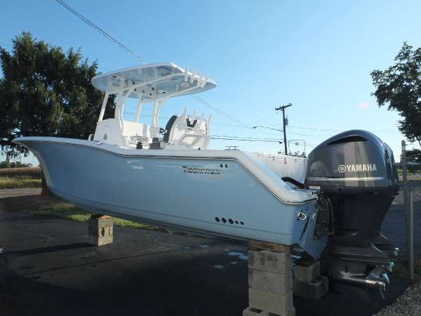 2016 TIDEWATER BOATS 280CC Adventure
