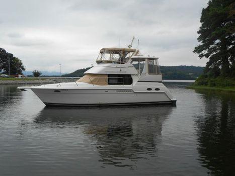 2000 Carver Yacht 356 Motor Yacht