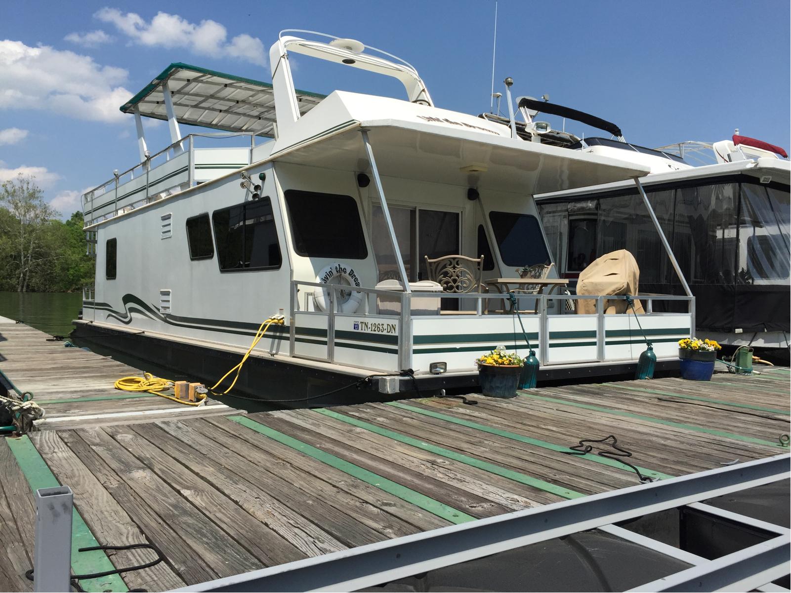 2006 M Yacht 4815