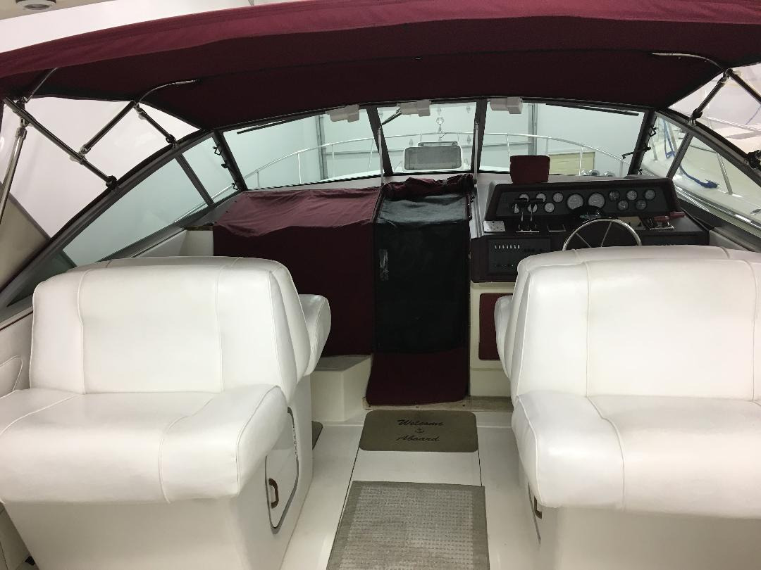 Check out this 1989 SEA RAY Express on Boattrader com