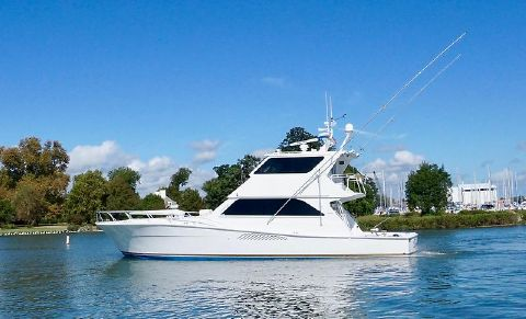 2000 Viking 58 Enclosed Flybridge CATS, PAINTED Timeless