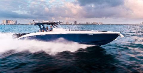 2016 Midnight Express 43 Running Profile Starboard
