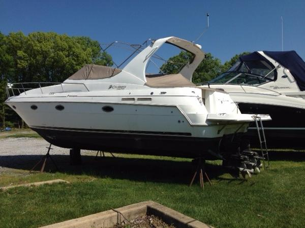 2002 Cruisers 3372 Express