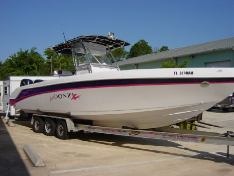 2000 Donzi 32 ZF Outstanding Condition
