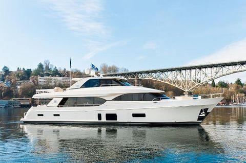 2018 Ocean Alexander 100 Skylounge Motor Yacht