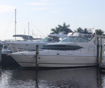 2001 Cruisers Yachts TAMD74PL
