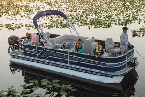 2018 Ranger Reata 220F Manufacturer Provided Image