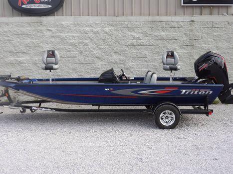 2017 Triton 18 TX