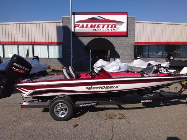 2017 Phoenix Bass Boats 618 Pro