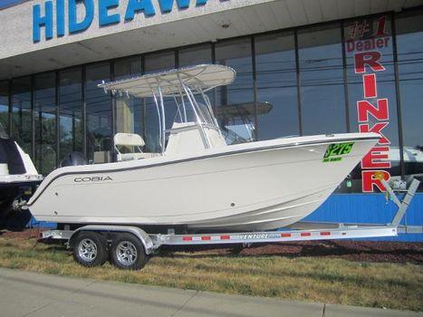 2016 Cobia Boats 201 Center Console