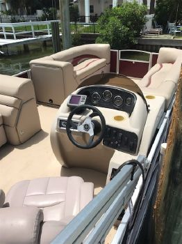 2013 Sweetwater SWPE220WB3