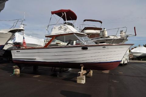 1973 Skiff Craft 26 Flybridge Fisherman