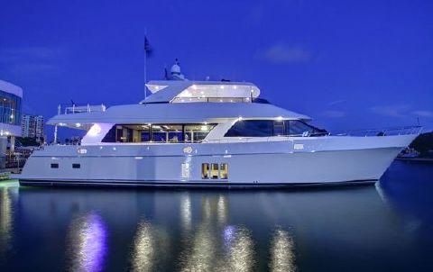 2017 Ocean Alexander 90 Motoryacht
