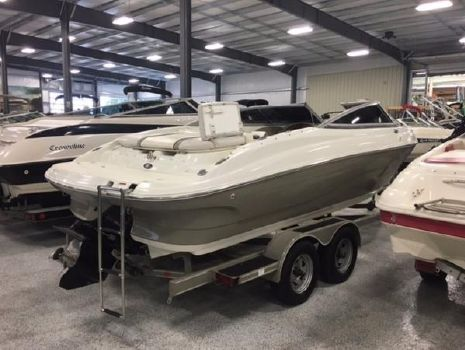 2007 Caravelle Boats 237 Bow Rider