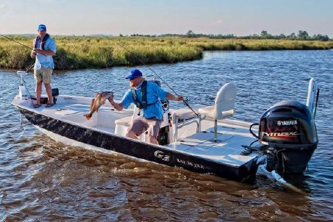 2017 G3 Boats Bay 20 DLX Manufacturer Provided Image