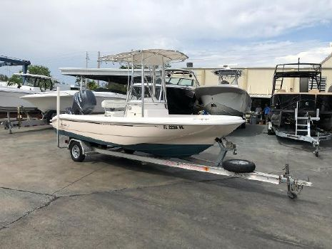 1999 BOSTON WHALER 180 Dauntless