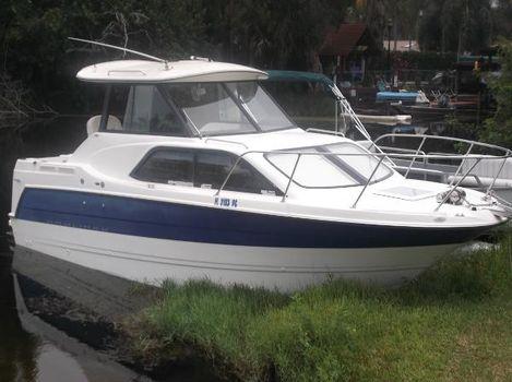 2006 Bayliner 2452 Hardtop Cruiser