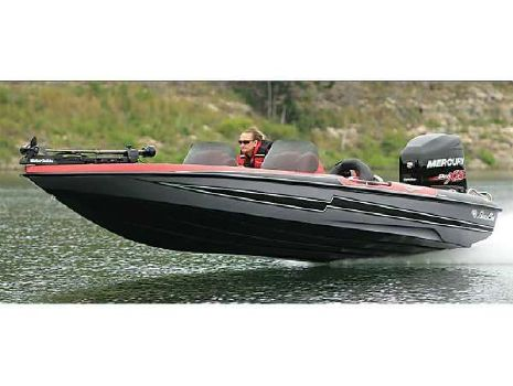 2018 Bass Cat Boats Cougar Advantage