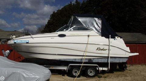2001 Rinker Fiesta Vee 242 2001 Rinker Fiesta Vee 242 for sale in Huntsville, AL