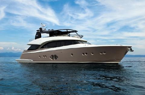 2017 Monte Carlo Yachts MCY86