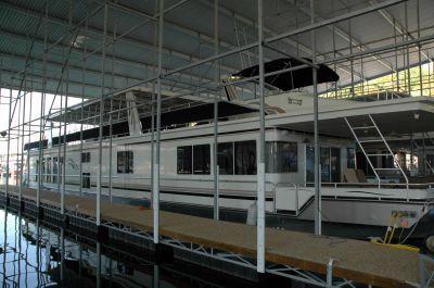 2005 Fantasy Houseboat Houseboat