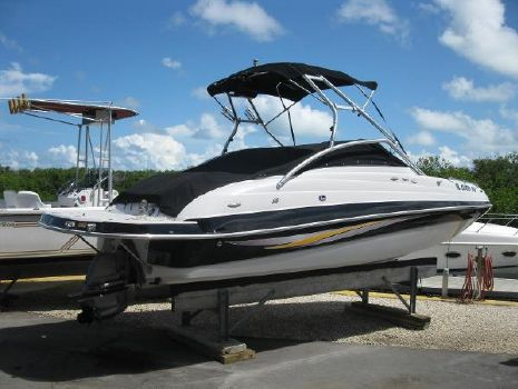 2008 FOUR WINNS F224 Deck Boat