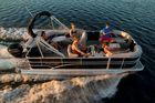 2016 SYLVAN Mirage Cruise 8520 Cruise
