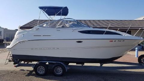 2004 Bayliner 245 Cruiser