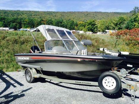 2002 Tracker Tundra 18 WT