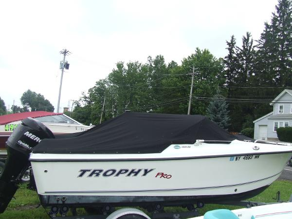 2008 Trophy 1806 Dual Console