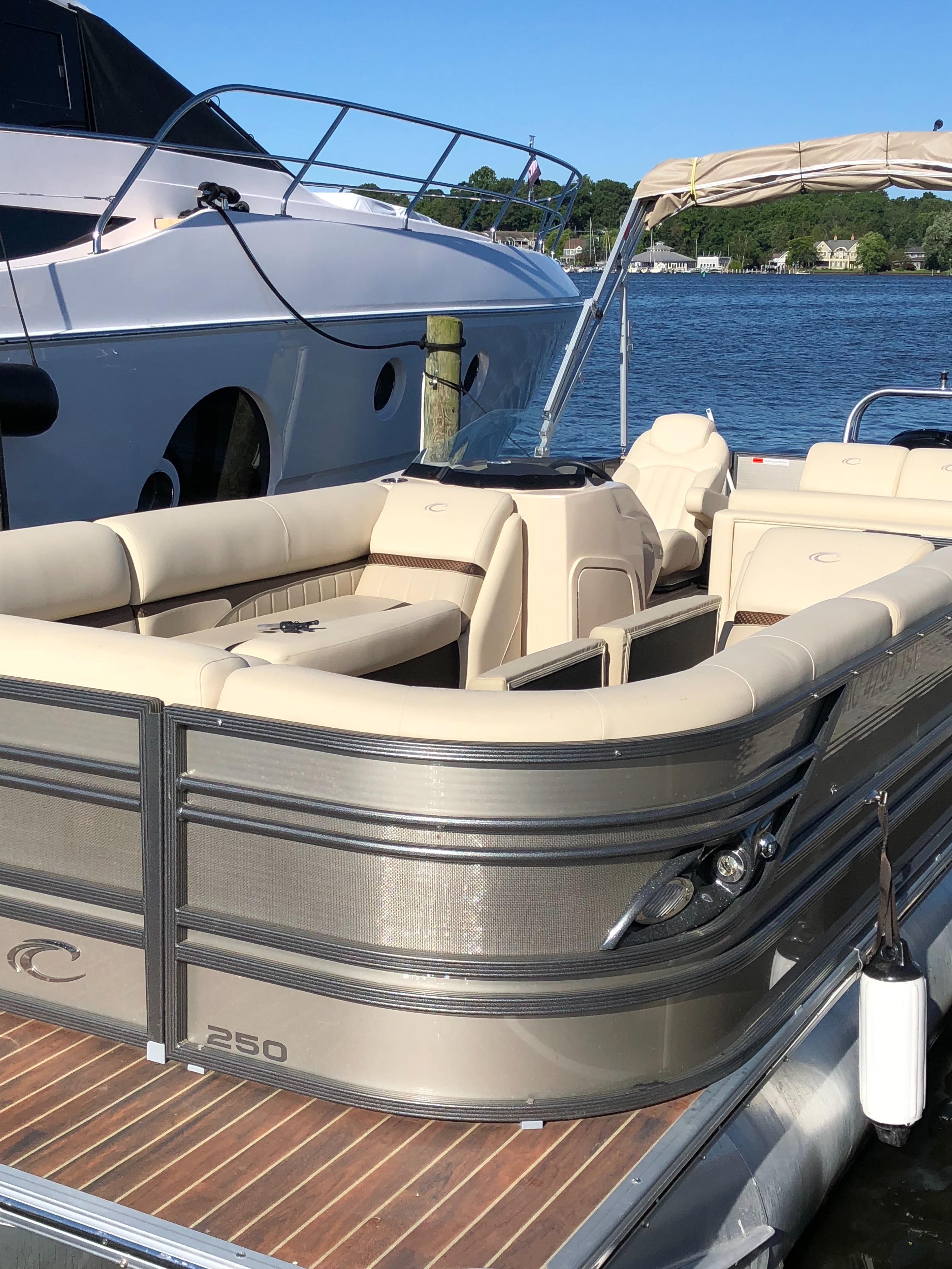 Used 2015 Crest Pontoon Boats 250 Saugatuck Mi 49453