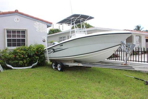 2004 Angler Boats 204f