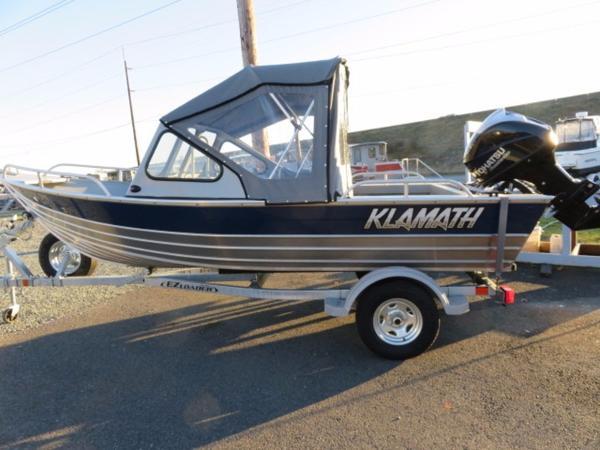 2017 Klamath Boats Windshield 16 EXW