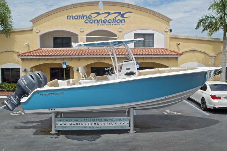 2017 Sportsman Heritage 251 Center Console 25 Foot 2017