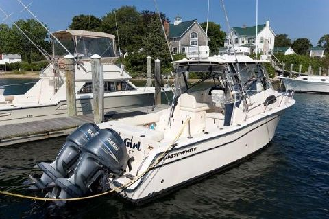 2005 Grady-White Marlin 300 Profile