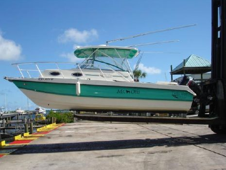 2007 Twin Vee 26 Express