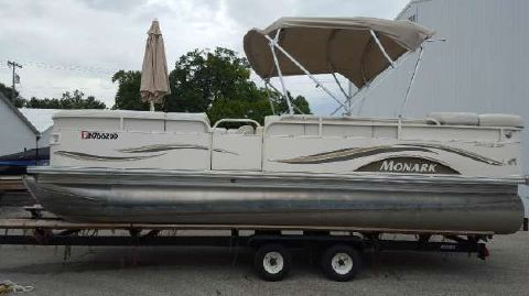 2005 MONARK MARINE Seville 226 RE CR (Rear Entry and Changing Room)
