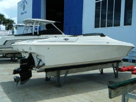 1998 WELLCRAFT 22 Scarab
