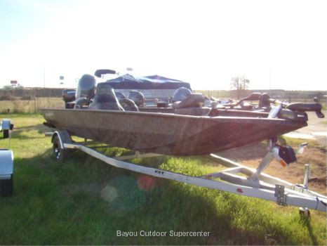 2016 Xpress XP 200 Catfish (Camo w/Yamaha F150LB 4 Stroke)