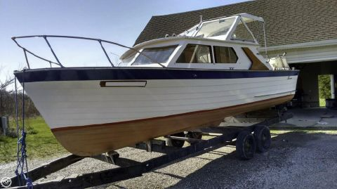 1969 Lyman 26 Express Cruiser 1969 Lyman 26 Express Cruiser for sale in Vickery, OH