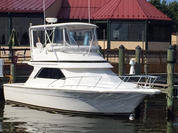2002 Phoenix- At Our Docks! 35 SFX Convertible/ Jupiter Phoenix/ Jupiter 34 Convertible