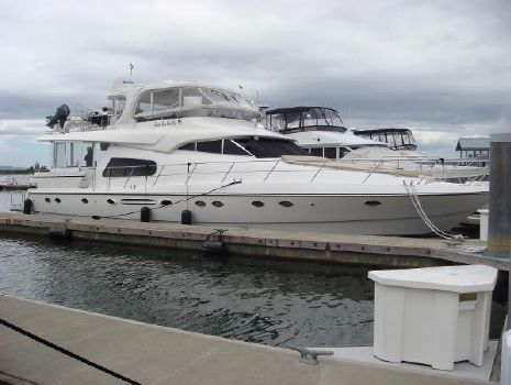 2005 Johnson 70 Johnson MotorYacht