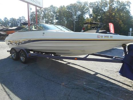 2001 Caravelle Boats Interceptor 232 Bow Rider