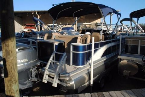 2017 Bennington 24 SSXAPGP Pontoon Boat