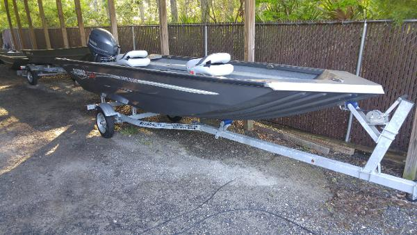 Aluminum Fishing Boats For Sale >> New 2018 Alumacraft Crappie Deluxe Waverly Ga 31565 Boat Trader