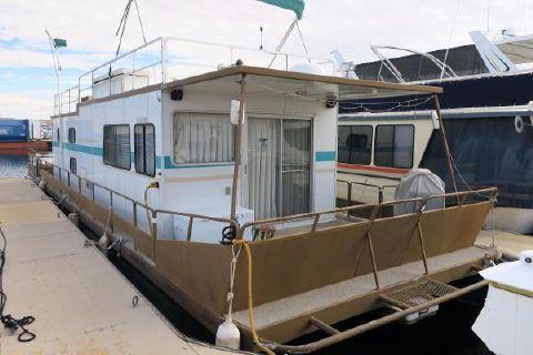 1982 Kayot Steel Pontoon Houseboat