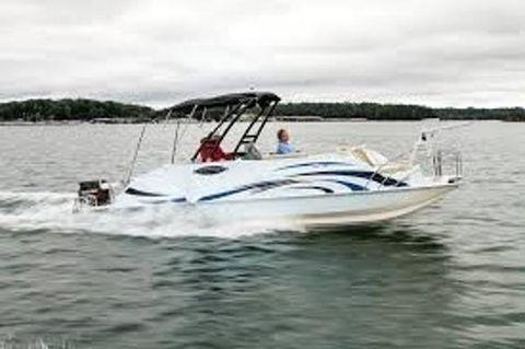 2017 Caravelle Boats RAZOR